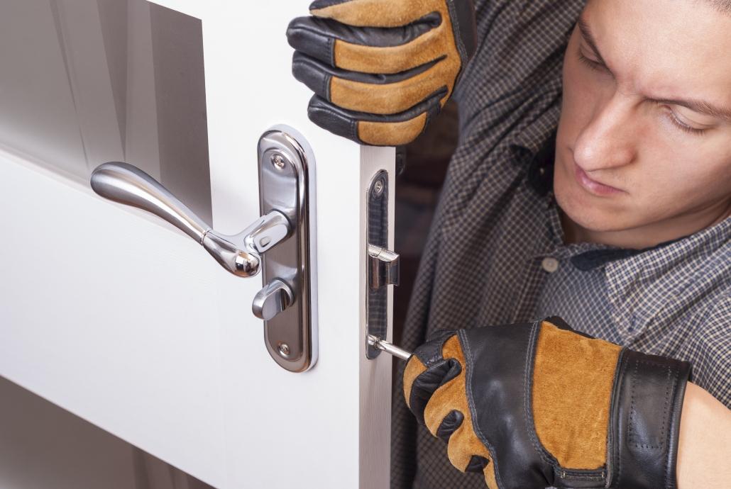 Otváranie dverí domov