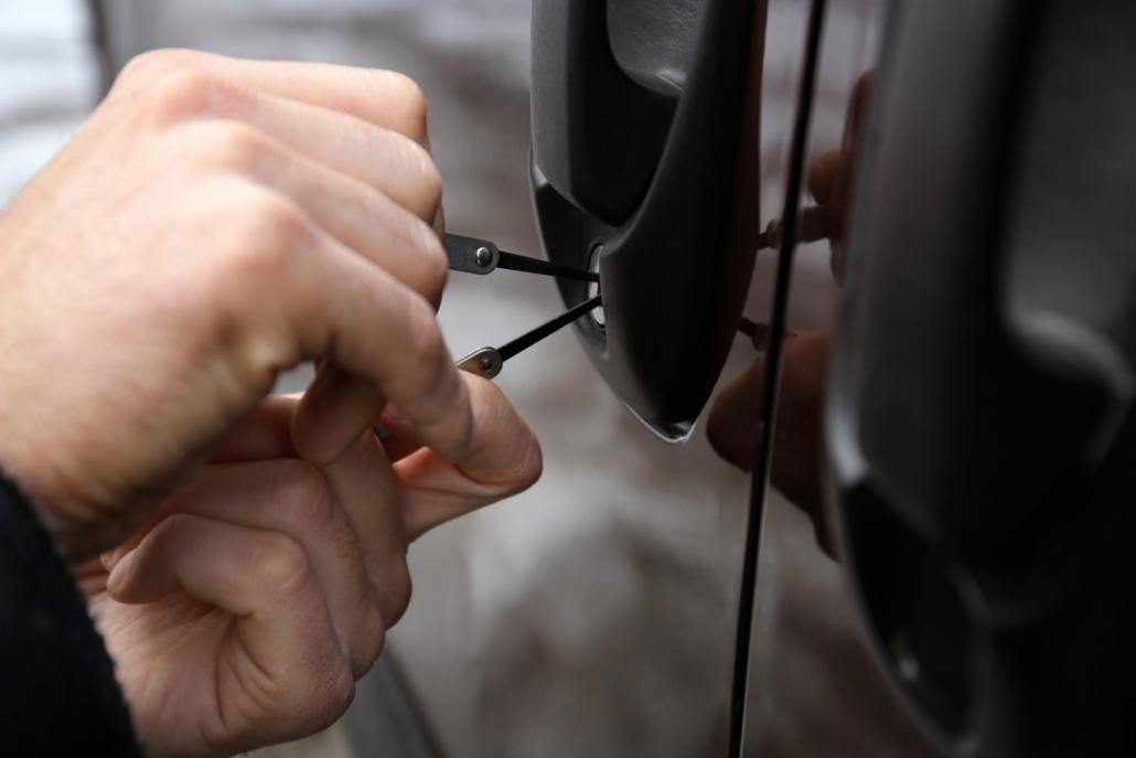 Otváranie áut